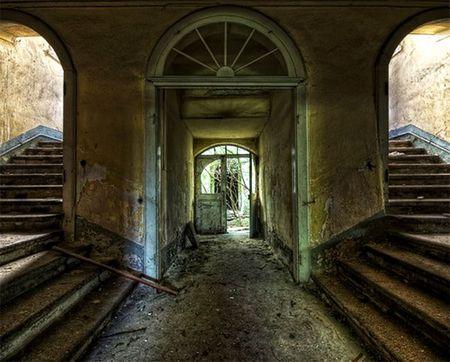 Through The Secret Keyhole The Abandoned Castle