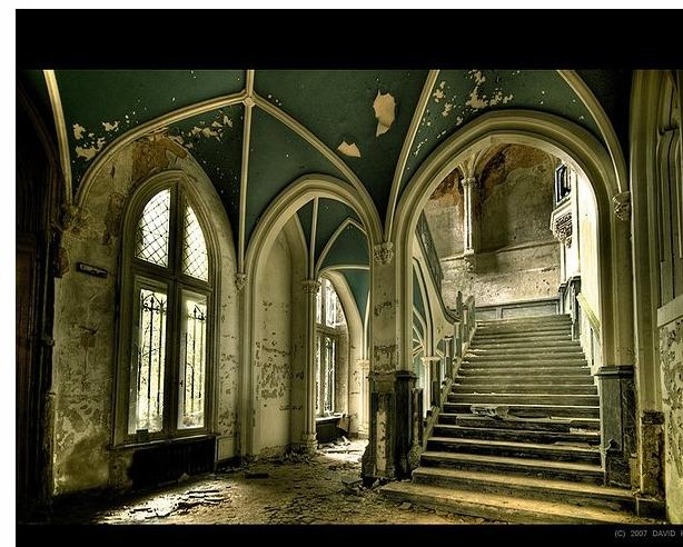 Castle Miranda by David Herreman